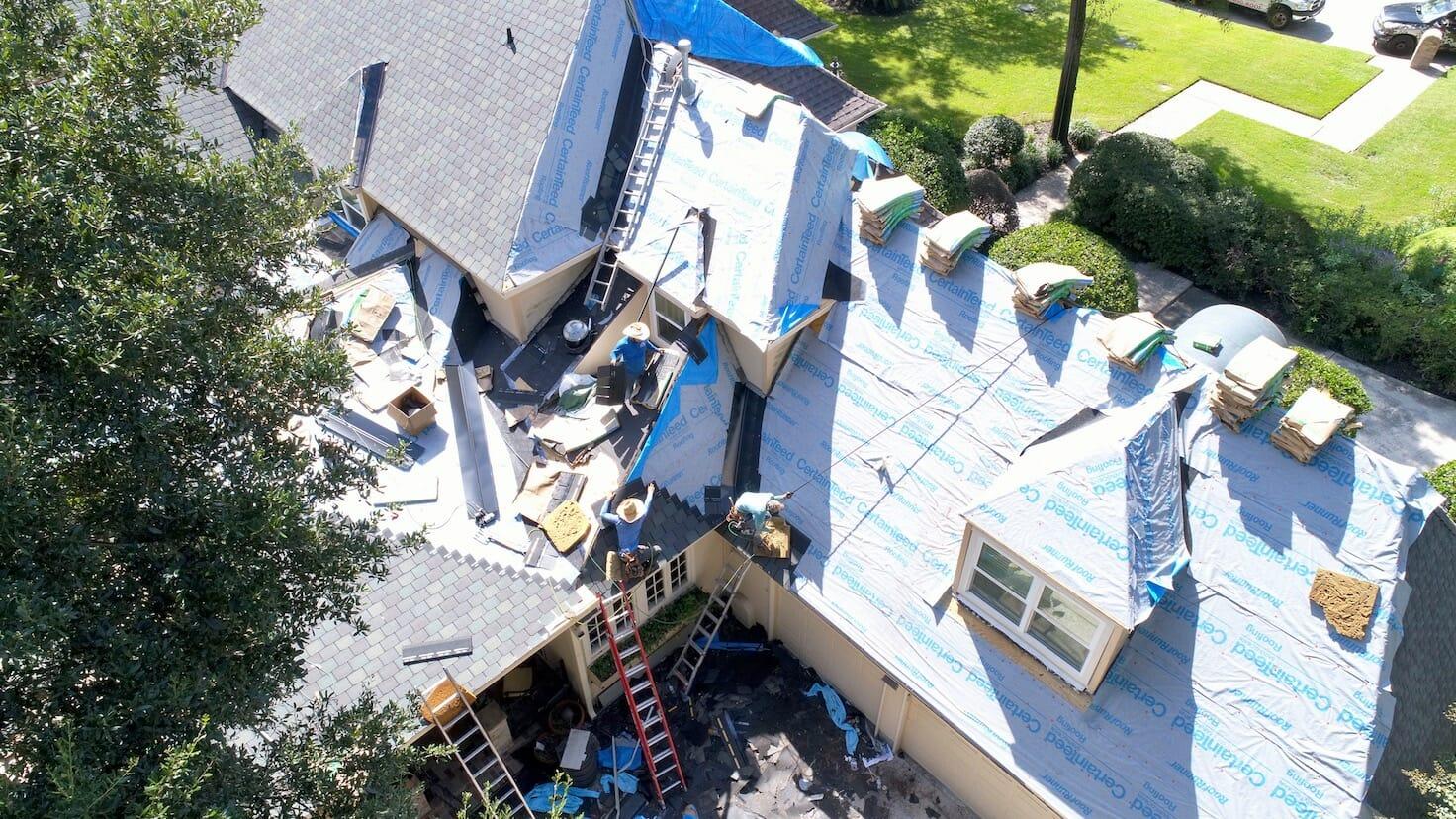 roofer Houston Texas 1